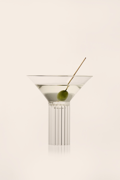 https://agustinabottoni.com/portfolio/calici-milanesi-glassware-trio-2/