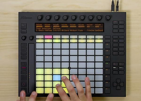 Make-music-with-Ableton-Push-Ableton-2014-06-09-01-28-03-2014-06-09-01-28-06.jpg