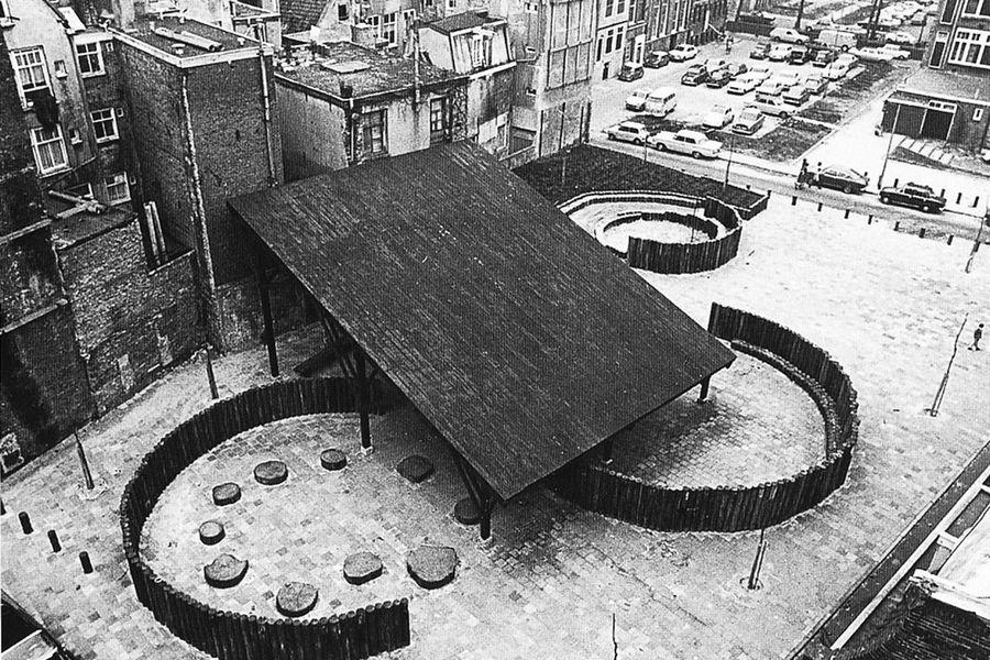 Nieuwmarkt Playground, Amsterdam in Aldo van Eyck
