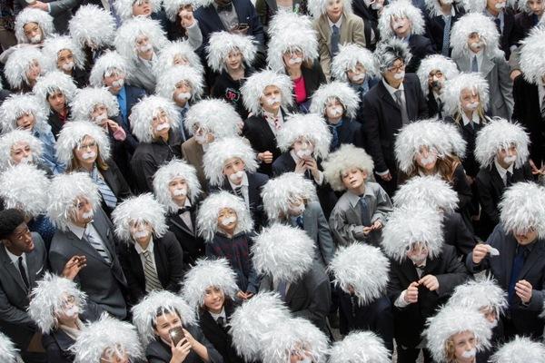 217082_largest_gathering_of_people_dressed_as_albert_einstein.jpeg