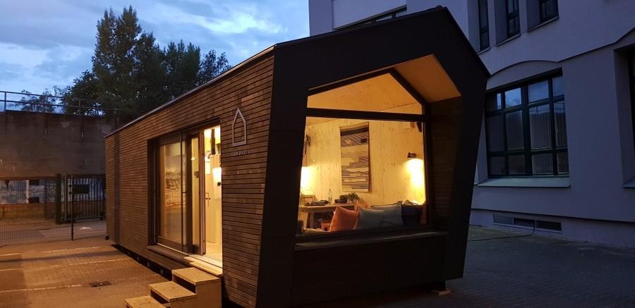 cabin-spacey-2.jpg