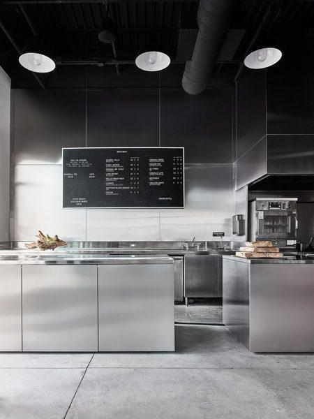 bad-lab-beer-co-studio-richard-lindvall-interiors-restaurant-new-hampshire-usa_dezeen_2364_col_1-852x1136.jpg