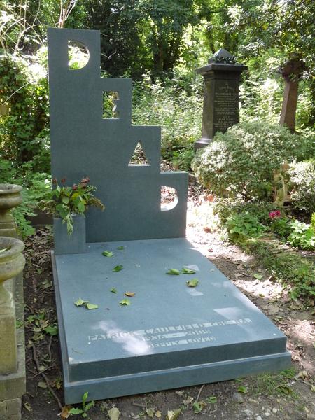 highgate-cemetery-47.jpg