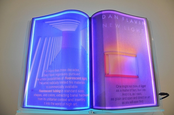 Glowing-Books-Airan-Kang-06.jpg