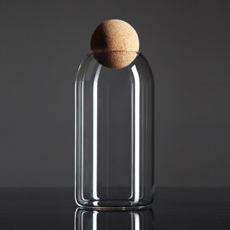 Luno container with cork lid by Martin Jakobsen