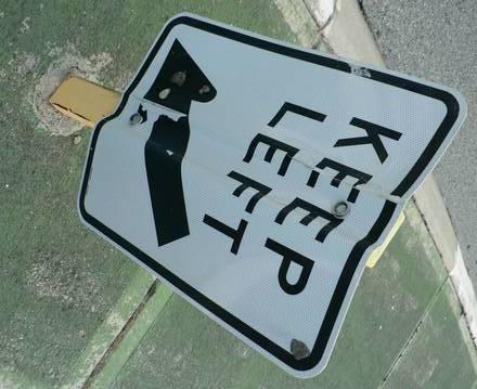 bent-keep-left-sign-1241489.jpg