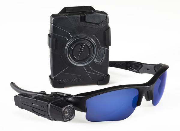 Axon-Cam-Controller-Cable-and-Glasses-V316.jpg