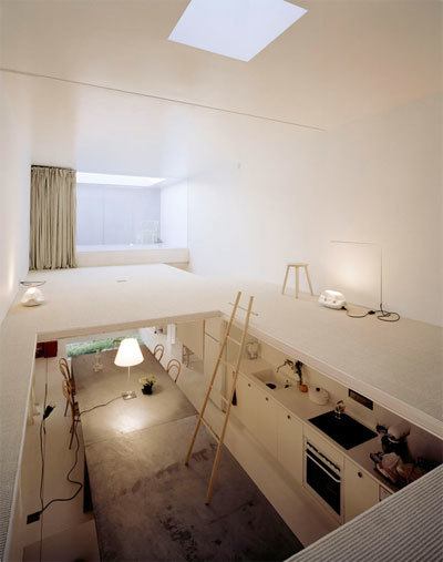 House Unconventional // Hideyuki Nakayama, 2004