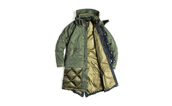 eastlogue_extraservice_3layer_fishtail_down_parka07.jpg?format=2500w