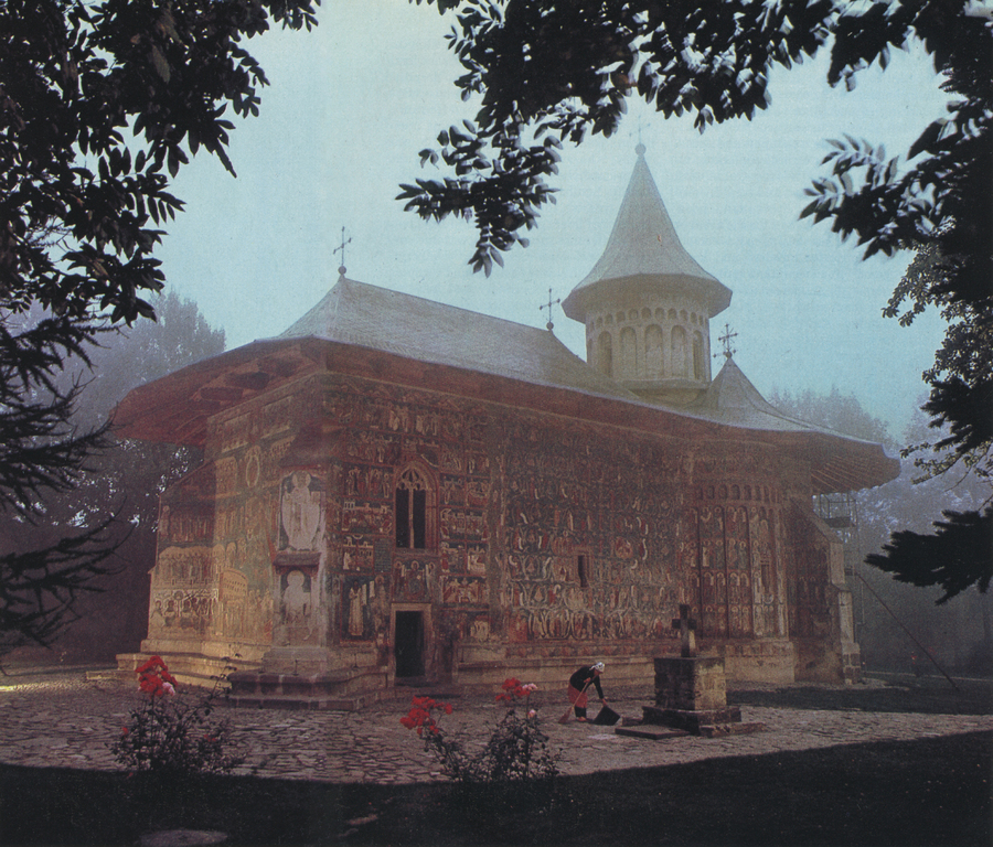 James L. Stanfield, Voronet Monastery, National Geographic, December 1983