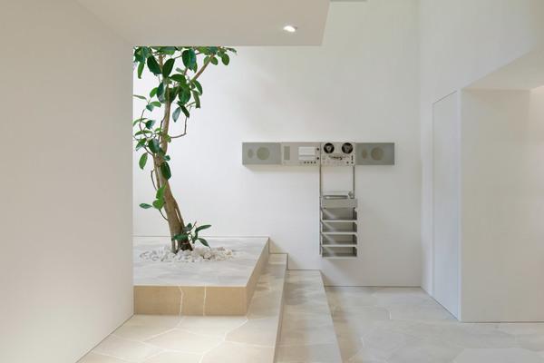 jil-sander-john-pawson-interiors-retail-shops-japan_dezeen_2364_col_7.jpg