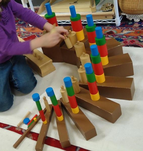 f3354f4839f953441d65ad455d4b1931-montessori-kindergarten-montessori-sensorial.jpg-f=1