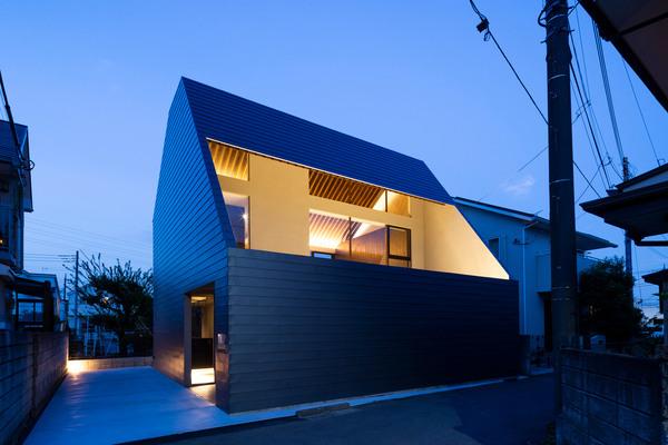 Satoshi Kurosaki, Apollo Architects & Associates_Cover House