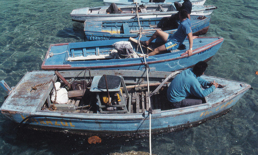 A 2006 performance by Francis Alÿs, attempting to create a temporary bridge between Cuba and Florida, using Cuban and American fishing boats.