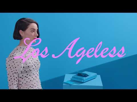 From MASSEDUCTION, order and stream: STV Store: http://found.ee/StVincent_MASSEDUCTIONWebstore iTunes: http://found.ee/StVincent_MASSEDUCTIONiTunes Google: http://found.ee/StVincent_MASSEDUCTIONGooglePlay Spotify: http://found.ee/StVincent_MASSEDUCTIONSpotify Supported by Red Bull Music and directed by Willo Perron. St. Vincent: Fear The Future, is a special live performance off the new album MASSEDUCTION on October 7 and presented as part of the Red Bull Music Academy Festival Los Angeles.