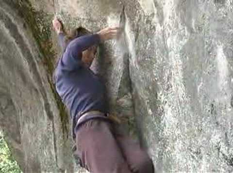 Lyn Hill climbs Midnight Lightning
