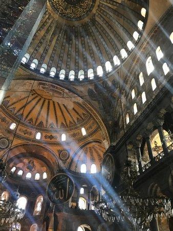 hagia-sophia-church-ayasofya.jpg