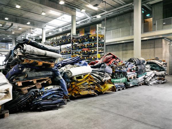roland-tannler-used_truck_tarps_rgb_0.jpg