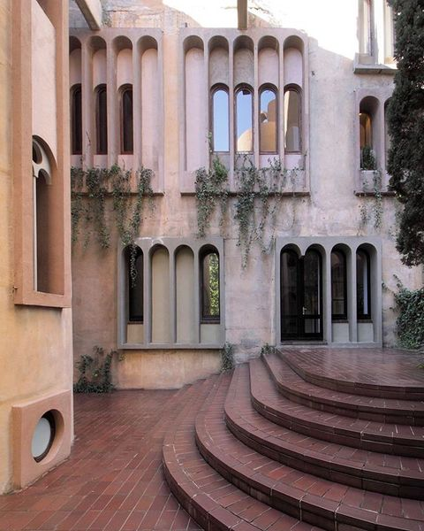 La Fábrica #barcelona #santjustdesvern #architecture #architectureoffice #ricardobofill @bofillarquitectura