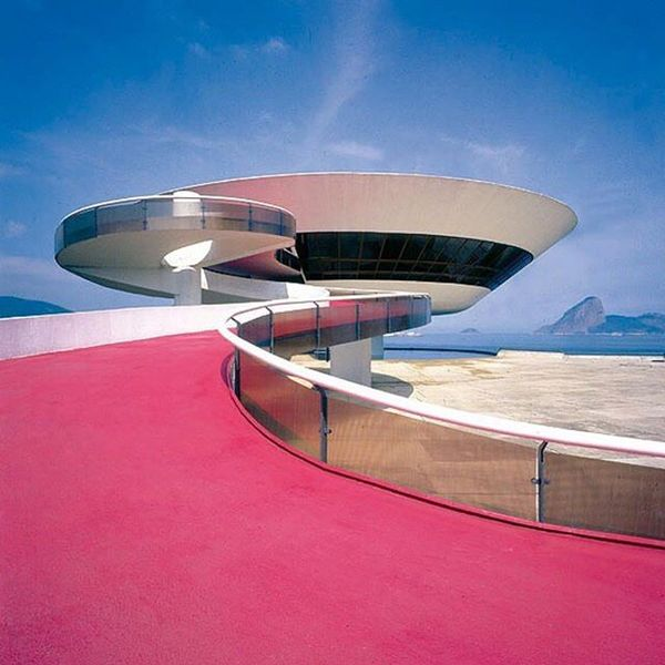 Contemporary Art Museum. Niteroi. Rio de Janeiro. 1996🇧🇷 Follow @neontalk for more ... Via: @deadmallspecter