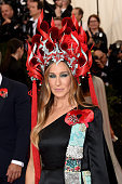Sarah Jessica Parker attends the 'China: Through The Looking Glass' Costume Institute Benefit Gala at the Metropolitan Museum of Art on May 4, 2015 in New York City. Get premium, high resolution news photos at Getty Images