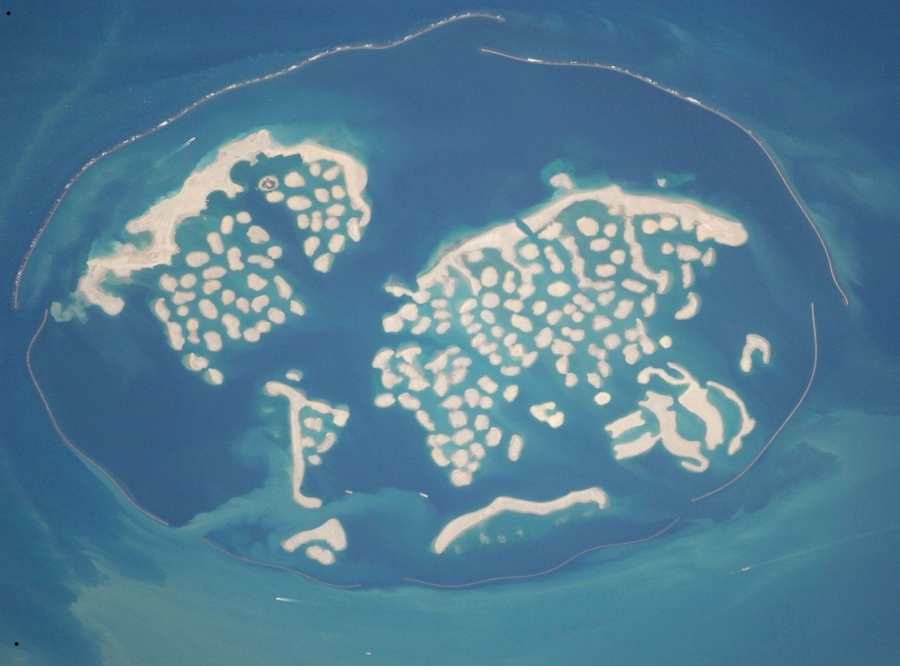 The World (archipelago) [Dubai]