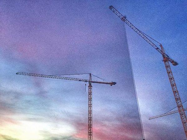 "28 Likes, 3 Comments - Adriene Hughes (@softservegirl) on Instagram: ""7am sunrise with cranes. #daylightsavings #sunrise #ucsdsunrise #cranes #constructioncrane"""
