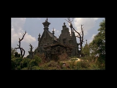 Exploring the Mansion from Edward Scissorhands (1990)