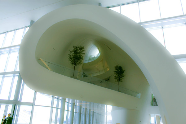interior_of_heydar_aliyev_center.jpeg
