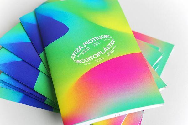 21.03.19 / 07:47 Credit: @parametrostudio . . . . . . . . . . . . . #typography #type #posters #poster #design #graphicdesig...