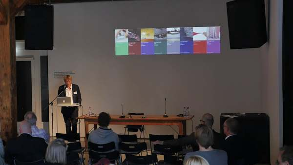 Intrinsic Logic of Design - Marc Rölli: Actor-Design-Theory!?