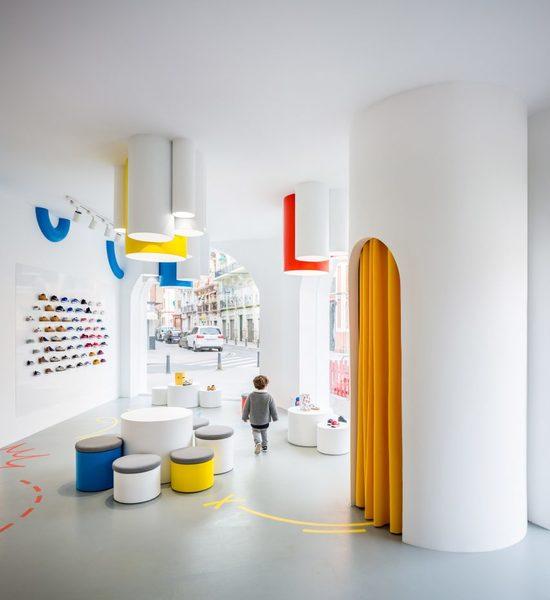 little-stories-store-clap-studio-interiors-retail-spain-children_dezeen_2364_col_9-852x929.jpg