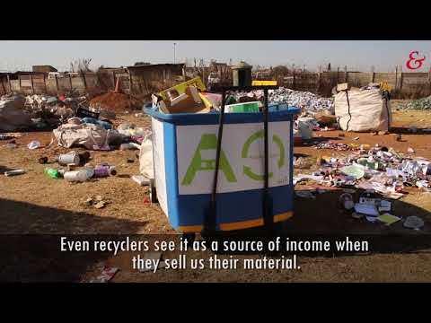 Waste pickers on Enviro Mobie