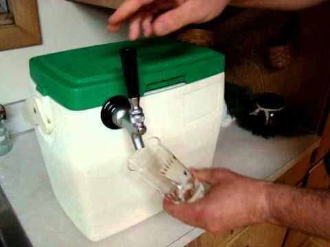 Tiny Hieny beer cooler! Heineken 5L Mini Draught Keg