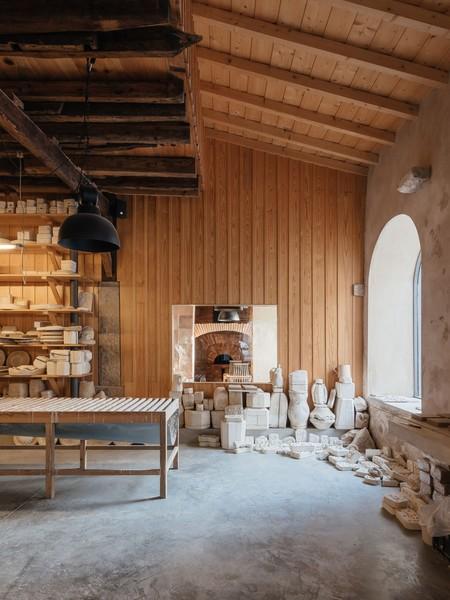 bebiano-.-do-corvo-.-old-ceramic-factory-building-renovation-.-coimbra-afasia-12-1200x1600.jpg