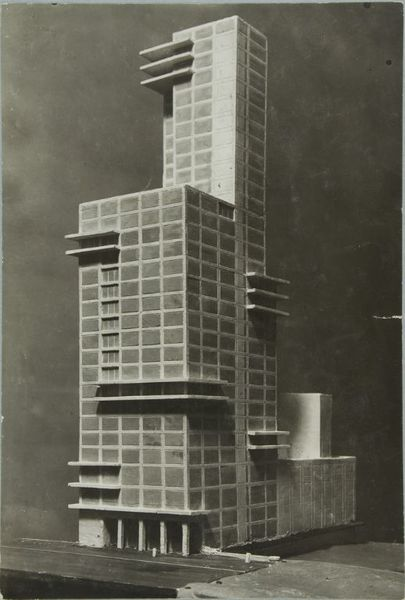 walter-gropius-and-adolf-meyer-competition-entry-for-22chicago-tribune22-tower-1922-model-4.jpeg