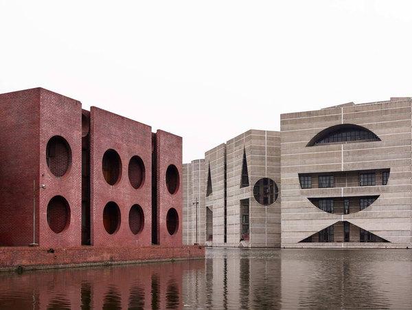national-assembly-building-in-dhaka-bangladesh-louis-kahn-yellowtrace-25.jpg