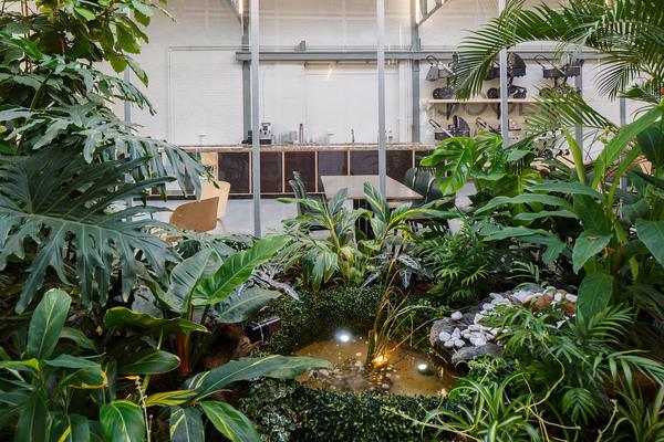space-encounters-joolz-headquarters-amsterdam-interiors-netherlands-adaptive-reuse_dezeen_2364_col_4.jpg