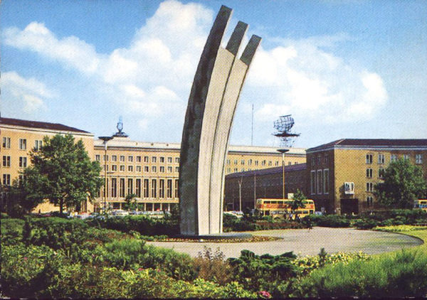 Airlift monument at former Tempelhof airport, postcard, ca. 1960