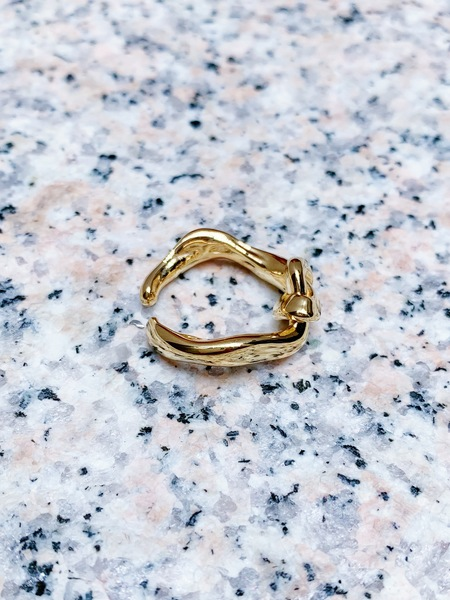 UMBILICAL CORD RING from ROOTS collection sparked by Shen Zhi.