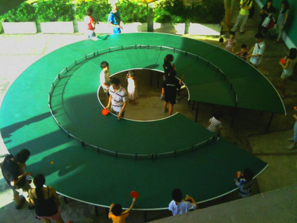 Ping-pong-go-round-table-Singapore-e1347915153534.jpeg