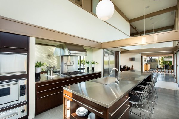 sleek-and-stylish-the-stainless-steel-chefs-kitchen-boasts-numerous-appliances-from-viking.jpg