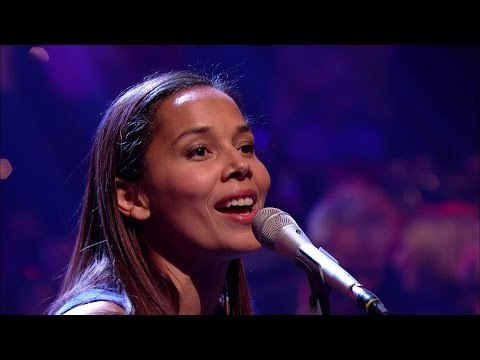 Rhiannon Giddens - Up Above My Head - Jools' Annual Hootenanny - BBC Two