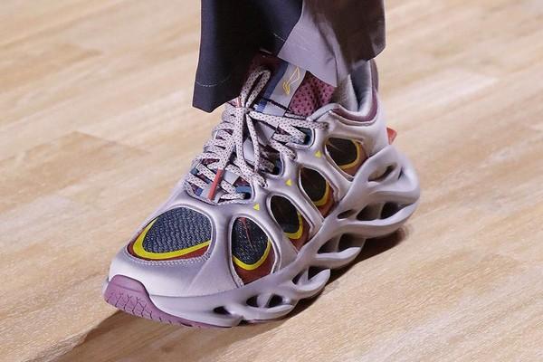li-ning-fw19-sneakers-01.jpg