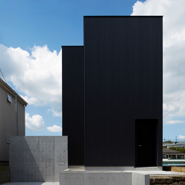 black-box-takatina-architecture-houses-residential-japan-tokyo_dezeen_sq-d.jpg