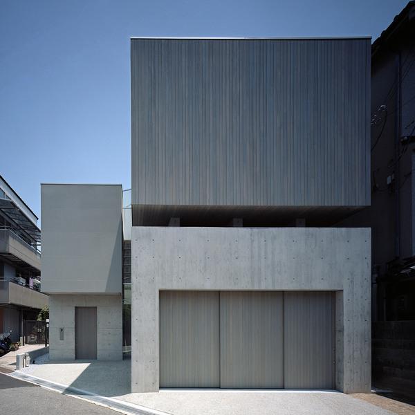 house-in-toyonaka-fujiwaramuro-architects-japanese-architecture-residential-japan_dezeen_2364_sq.jpg