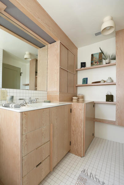 manola-court-live-give-la-bathroom-1466x2175.jpg