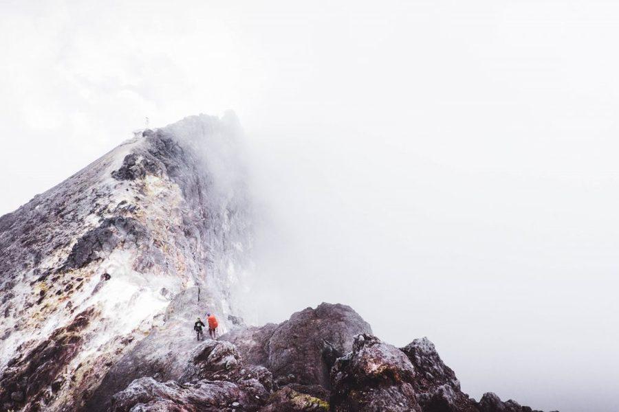 best-hiking-rain-jacket.jpg