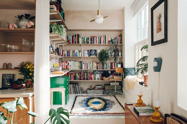 ref_livingroom24.jpg