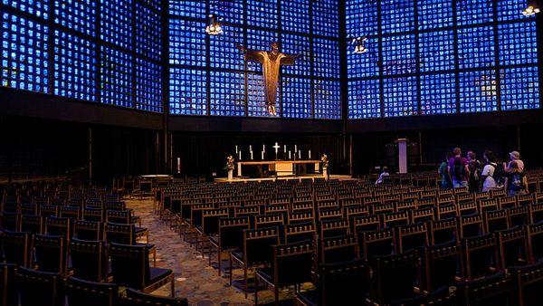 File:DE - Kaiser Wilhelm Memorial Church - interior panoramic view.jpg - Wikimedia Commons